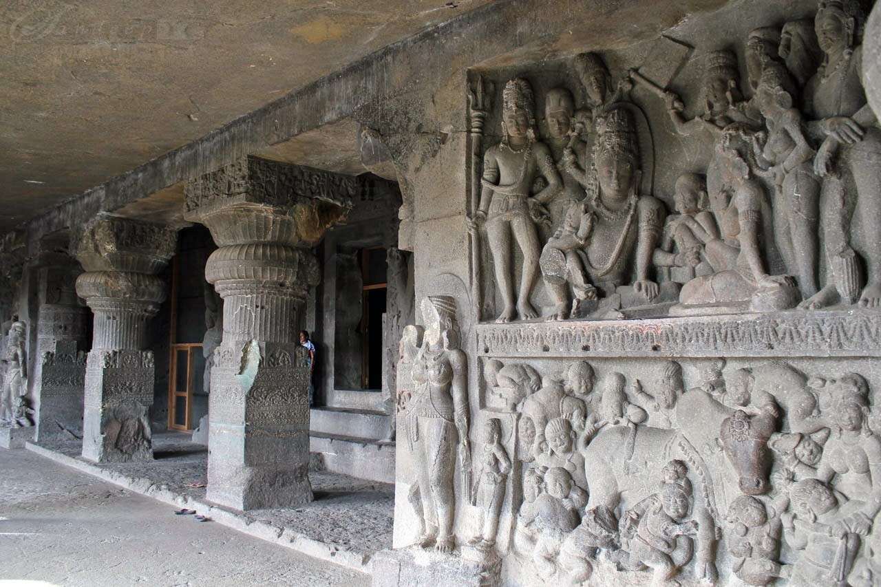 Panels on the right side of sanctum