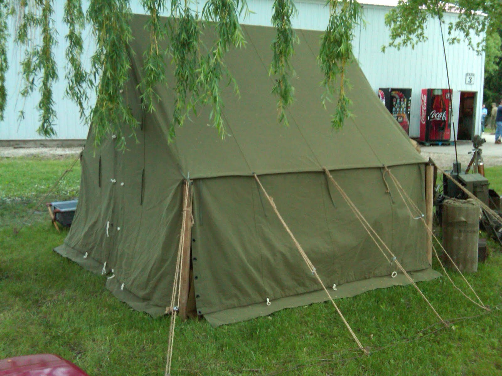 Small canvas tent original vintage us small wall tent ww2 for Cheap wall tent