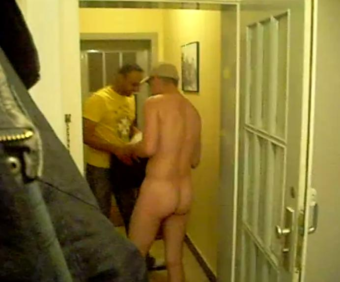 White wife fucks black plumber