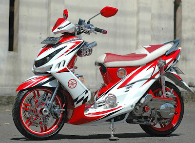 Gambar penuh modif sporty motor Mio