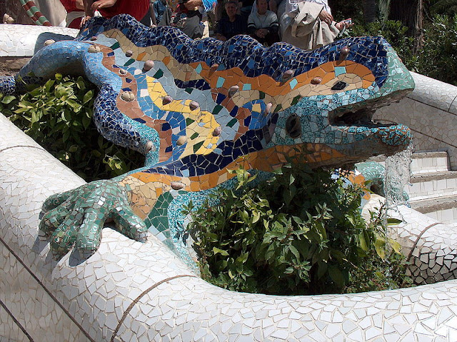 Salamander in Gaudi's Guell Park in Barcelona (Gracia, Catalonia) - Travel Spain Guide