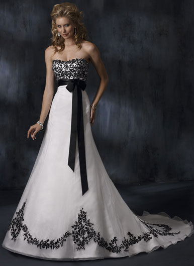 She fashion club black white and red wedding dresses for Images of black wedding dresses