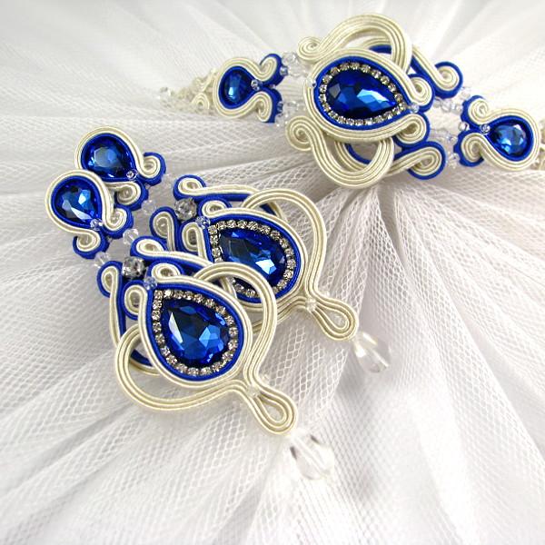 Kolczyki i bransoletka ślubna sutasz ivory z chabrowymi kryształami.