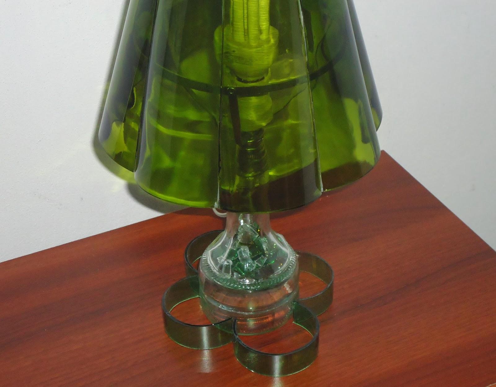 Reciclaje de botellas proyecto 2 for Modelos de comedores de vidrio