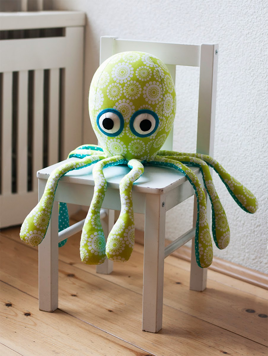 http://4.bp.blogspot.com/-Oraek5g4FSs/VElWicLbmgI/AAAAAAAAAhE/a8SkSPfqRug/s1600/octopus%2Bpattern.jpg
