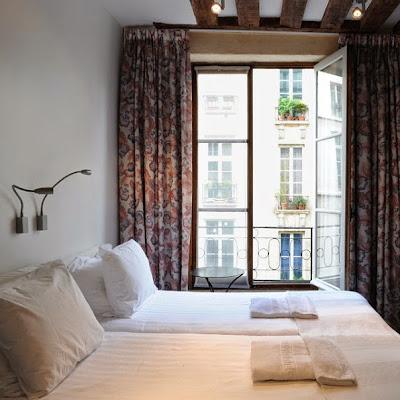 @Hotel de la Place des Vosges Parigi