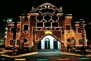 Decoração de Natal na fachada da Prefeitura é testada: iluminação será inaugurada no dia 2 de dezembro