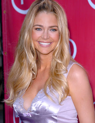 Denise Richards Glamor Wallpaper-1600x1200-95
