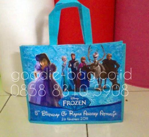 Tas Ultah Frozen / Tas Ulang Tahun Frozen / Goodie Bag Frozen / Goody Bag Frozen