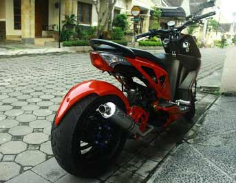Modifikasi Honda Beat Lowrider