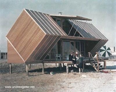 Cabaña de playa moderna hecha de madera en Estados Unidos
