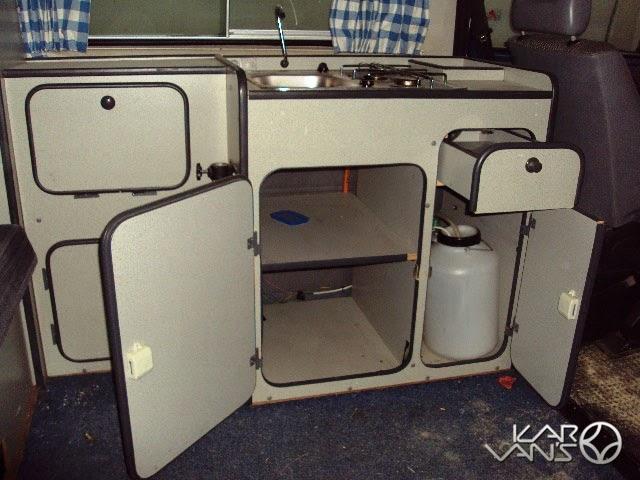 Karvan s vendido interior reimo vw t3 800 for Muebles vw t3