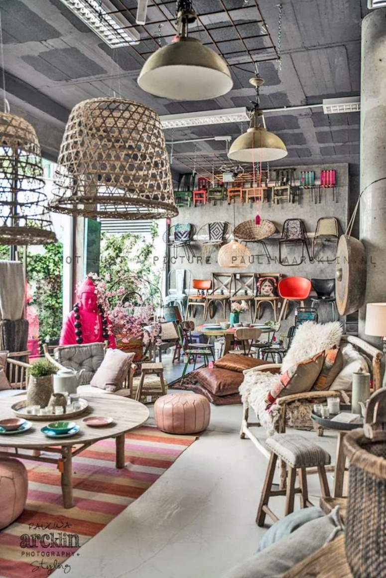 Antic chic decoraci n vintage y eco chic negocios - Muebles rusticos mallorca ...