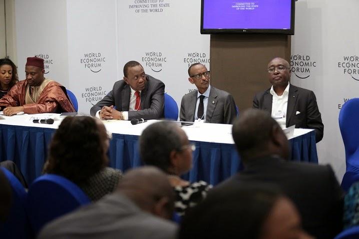 Perezida Kagame yitabiriye inama mpuzamahanga ku bukungu muri Nigeria
