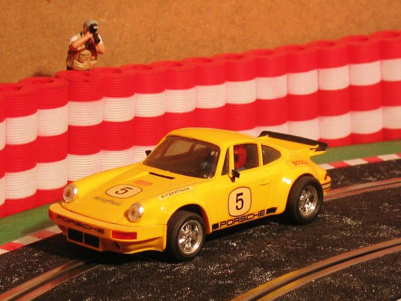 Scalextric 1975 Porsche Carrera Rs