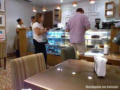 Tortarelli Café: Ambiente da loja do Salvador Shopping