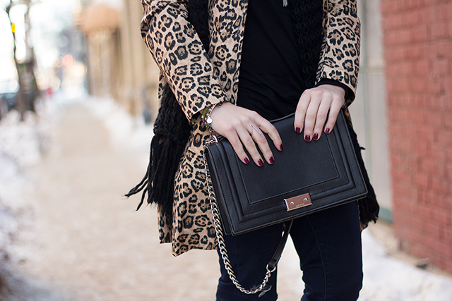 Leopard print coat // Winter outfit inspiration via Pretty Little Details
