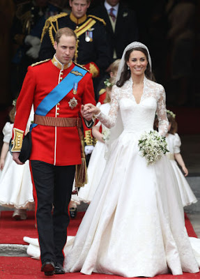 7 Most Iconic Wedding Gowns in The World: Kate Middleton Wedding Gown