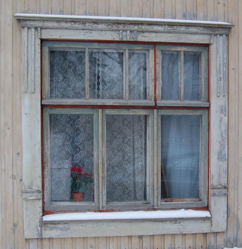 Vedetty ikkunalasi