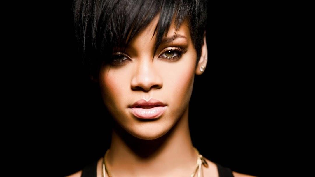 Rihanna HD Wallpaper 8