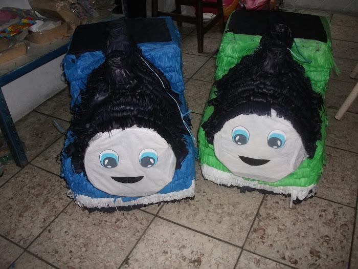 piñatas thomas