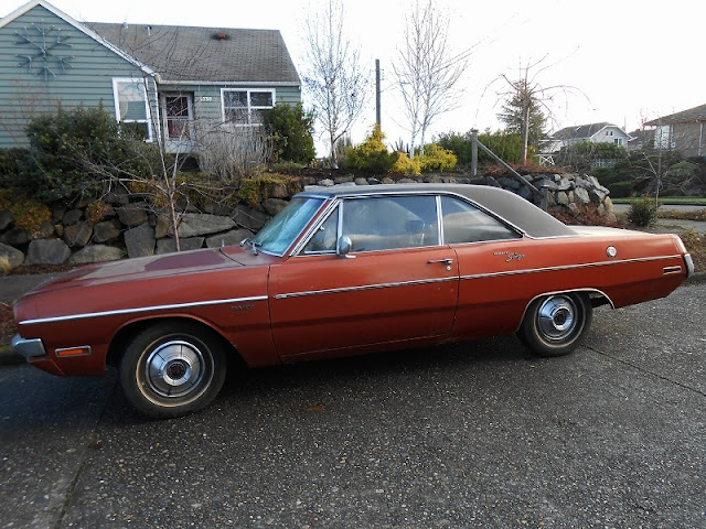 seattle 39 s parked cars 1970 dodge dart swinger. Cars Review. Best American Auto & Cars Review