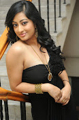 Tanishka Glam Photo shoot in Black-thumbnail-1