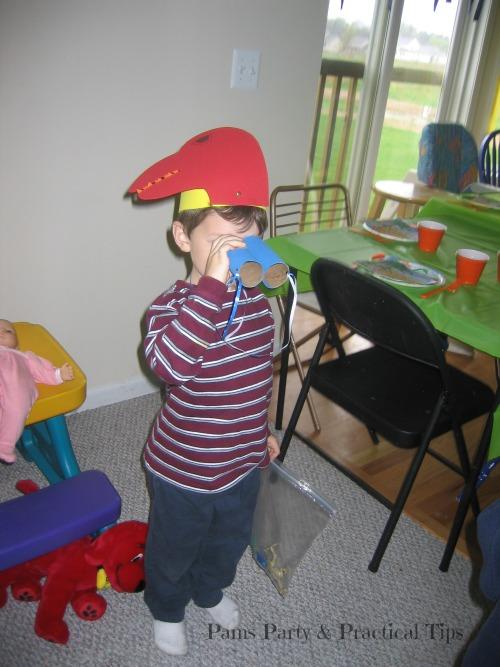 Cardboard Binoculars for Dinosaur Party