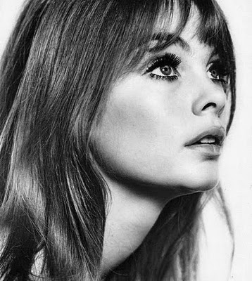 Strong Men Just Keeled Over Right And Left As She Strode Up The Street Shrimpton Herself Seemed To Have No Awareness Of Her Extraordinary Looks
