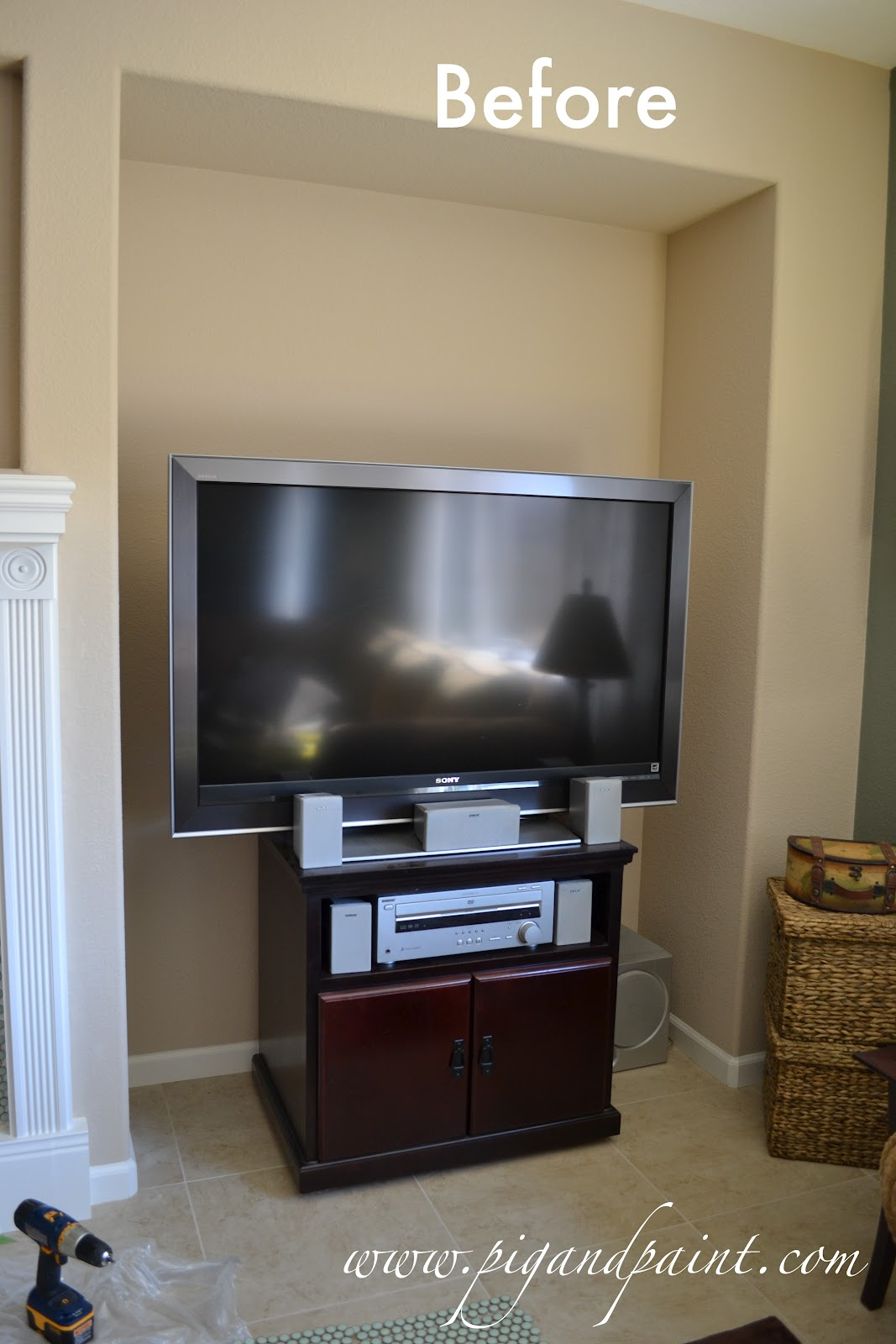 Pig and Paint: Wood Plank TV Nook