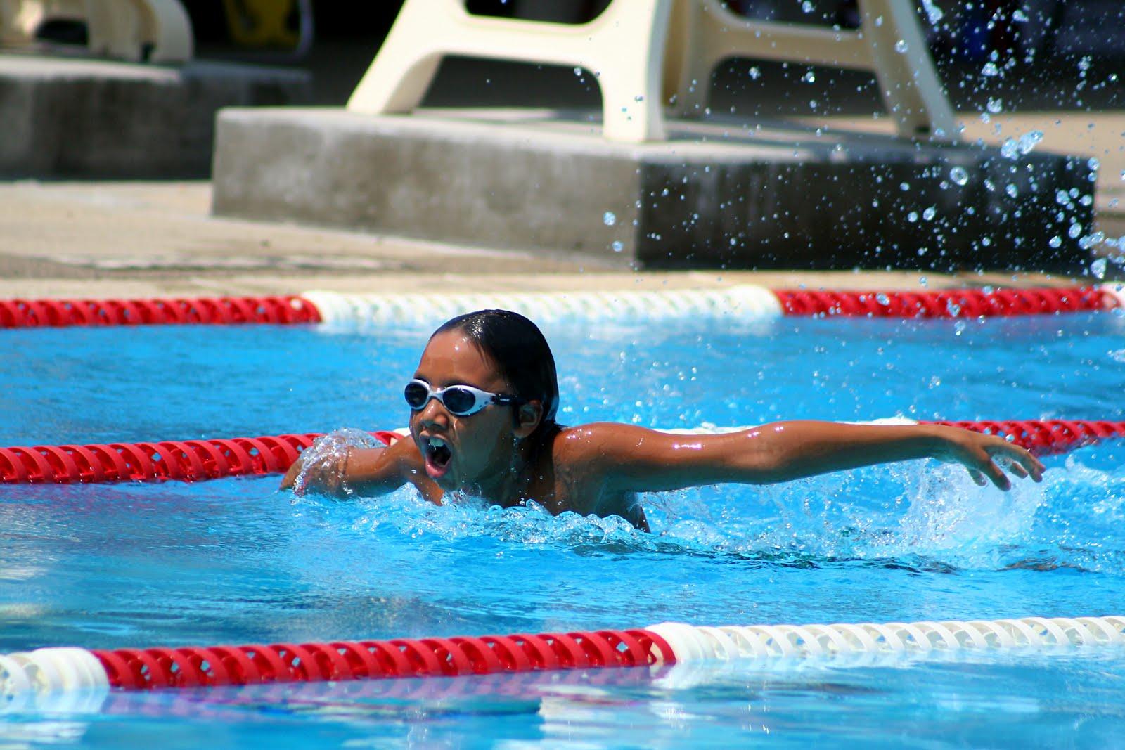 http://4.bp.blogspot.com/-Ou_MLsv7QEI/TkXC1c0z7nI/AAAAAAAAATw/od9OJoSYt8c/s1600/swimmer.jpg