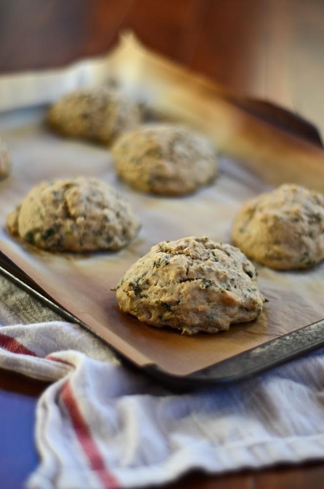 recette de petits pains aux herbes fraîches