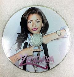 Consigue el DVD de Zendaya!