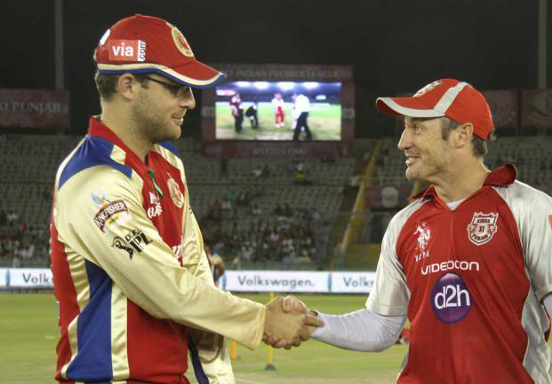 Daniel-Vettori-and-David-Hussey