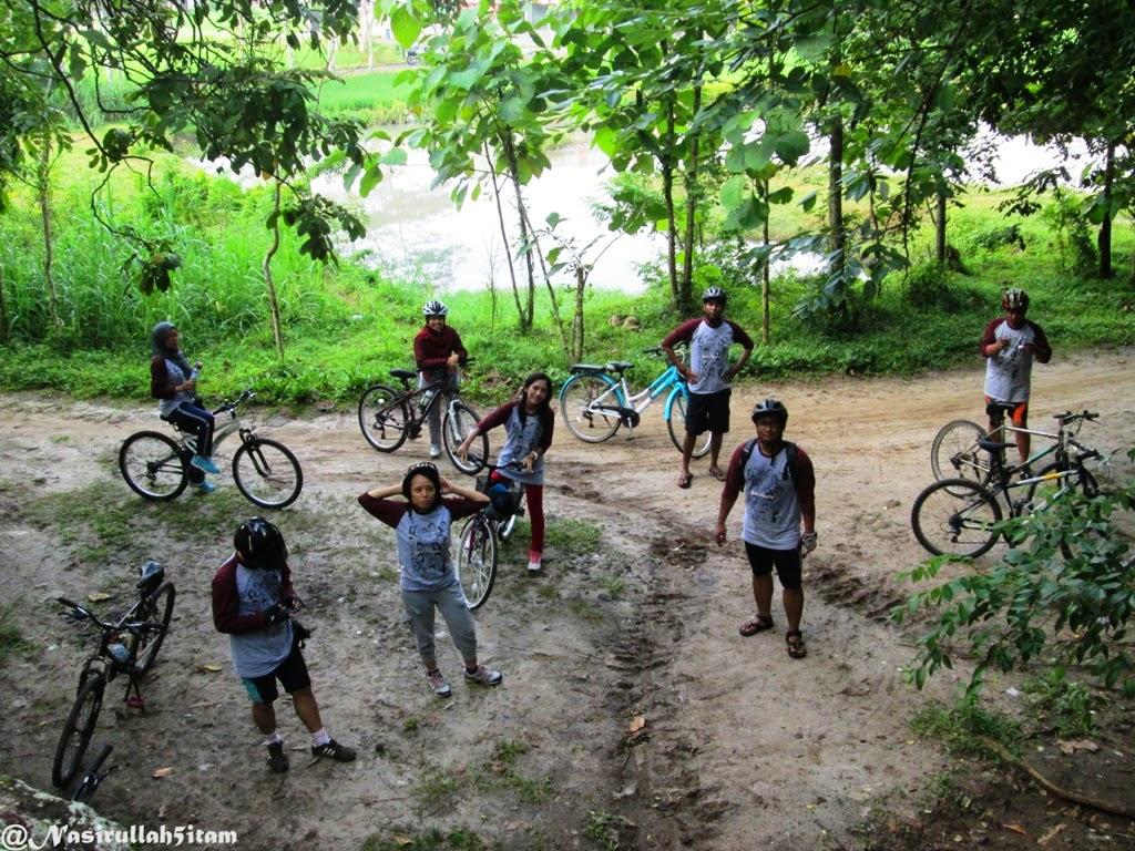 Lokasi pertama di Goa Sentono, Berbah