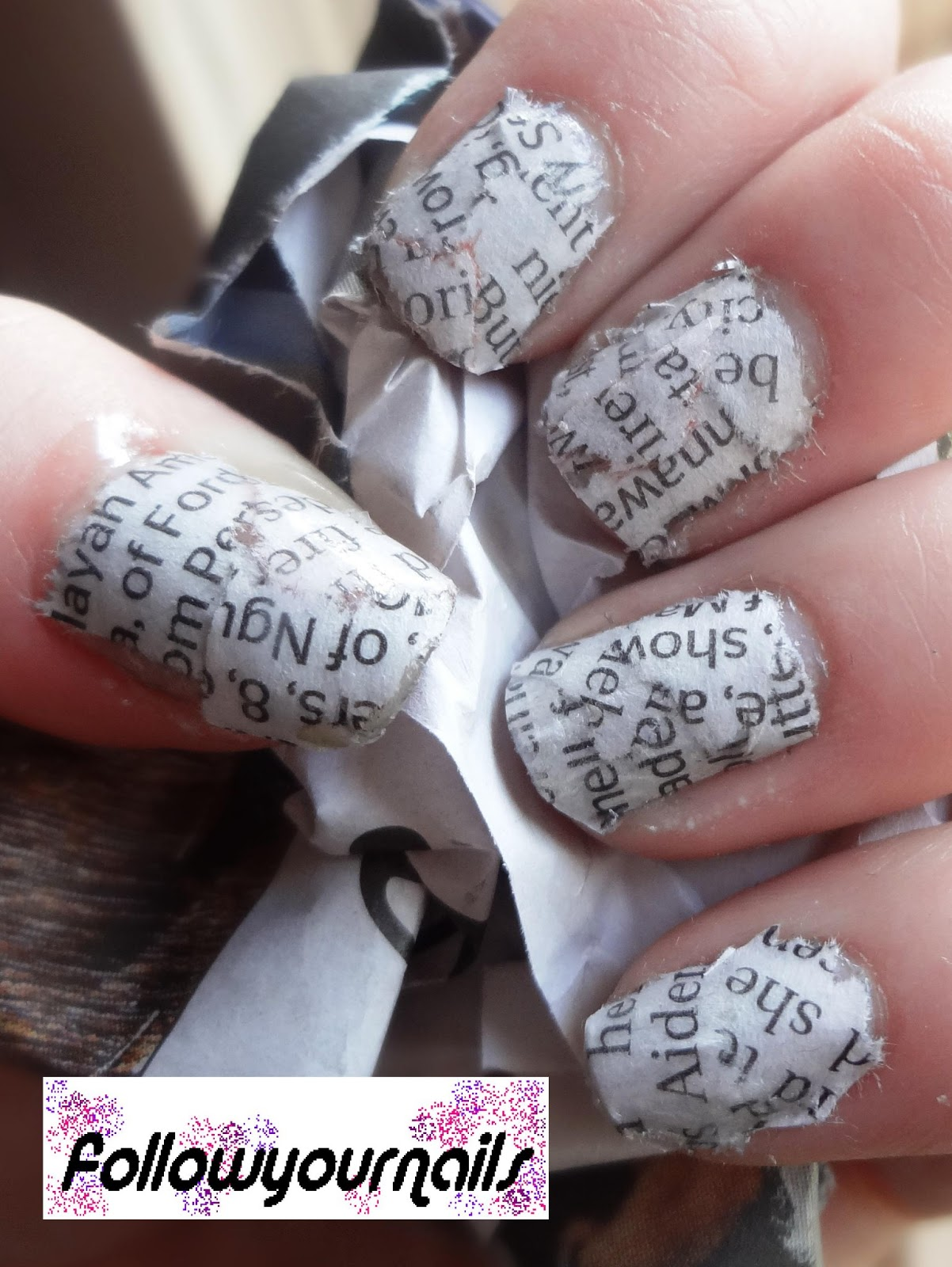 follow your nails: newspaper nails