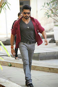 Suriya Rocking Stills from Anjaan Tamil movie-thumbnail-2