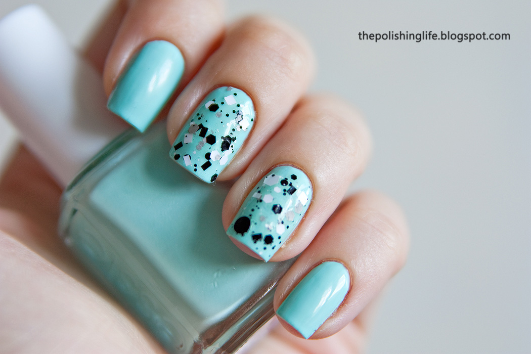 KBShimmer Grayscale + Essie Mint Candy Apple