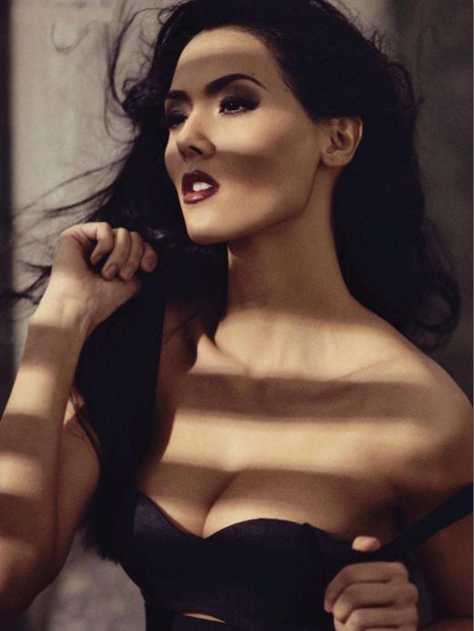 Vanessa+Matsunaga+Rogue+Magazine+Nov+2011-10.jpg