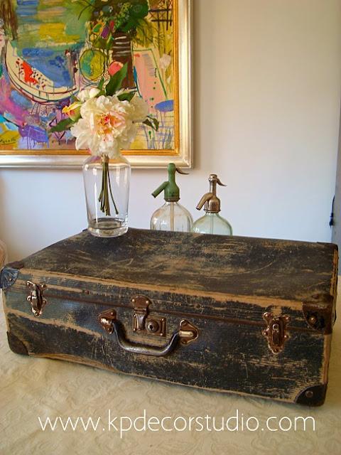 Tienda online de maletas antiguas y muebles para decoradores en valencia