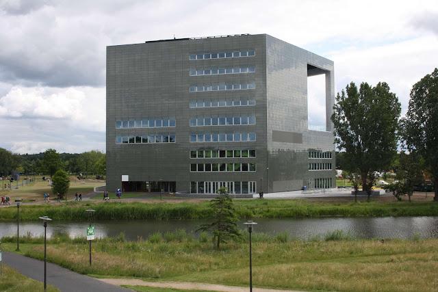 05-Orion-Wageningen-University-by-Ector-Hoogstad-Architecten