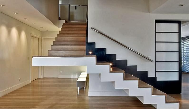 Resultado de imagem para Escadas Interna de Madeira –