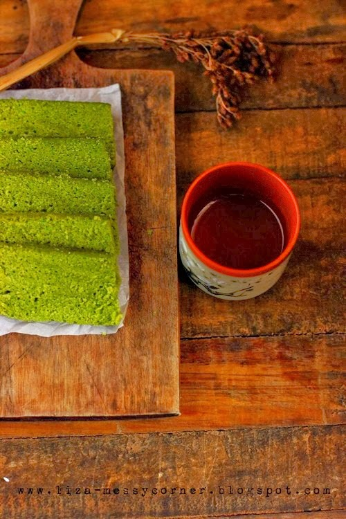 Communication on this topic: How to Make Matcha Blondies, how-to-make-matcha-blondies/
