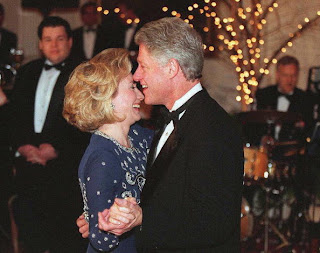 Bill and Hillary Clinton celebrates 37years anniversary in style