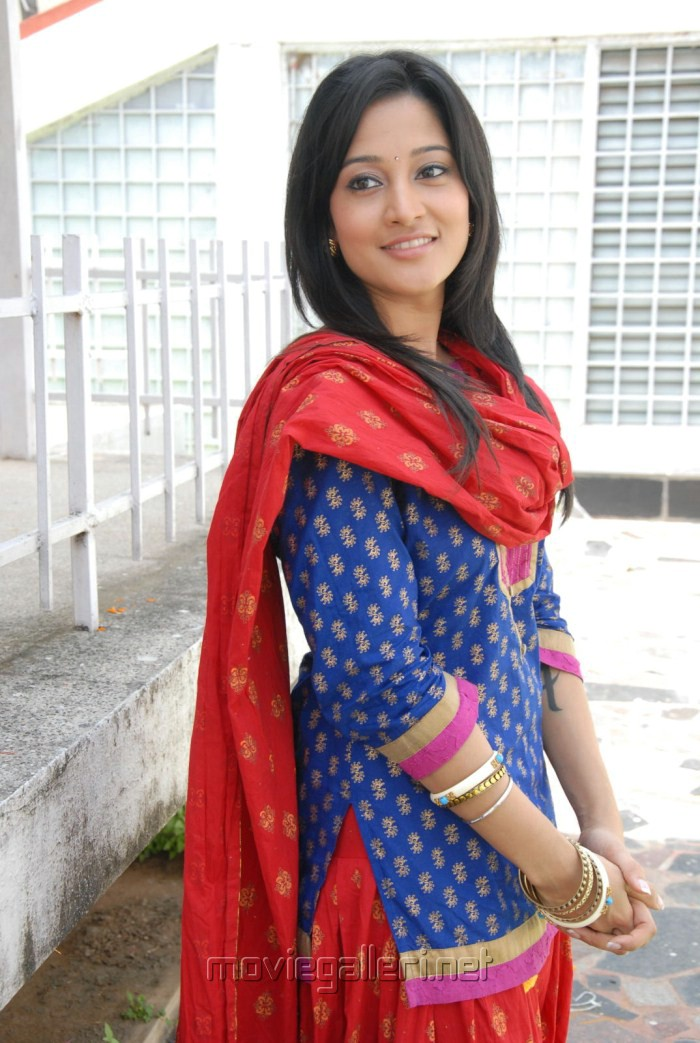 Top Indian Actress Ritu Barmecha