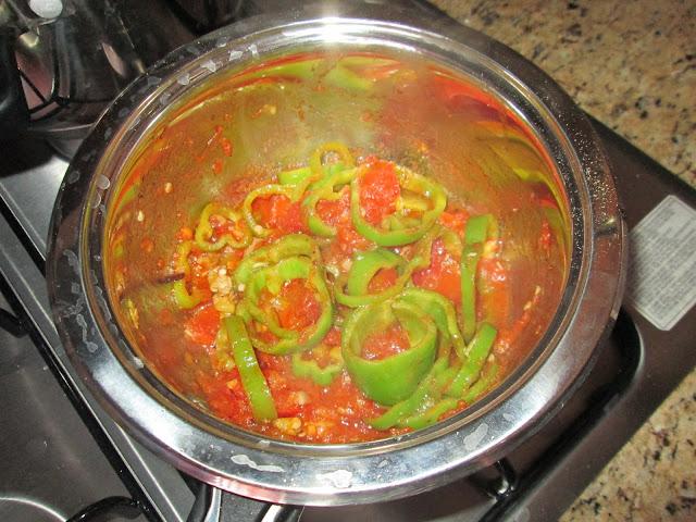 tomate, poivron, sel, poivre, oignon, huile