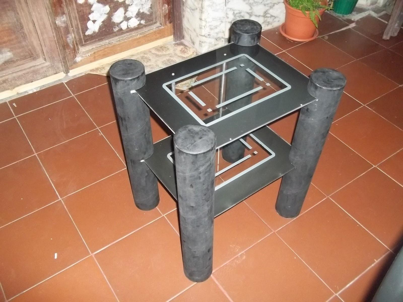 Manualidades y mas mesa lindisima con tubos de carton - Mesas de carton ...