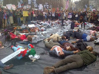 Sunday: NO! Keystone XL Lock-down die-in at White House