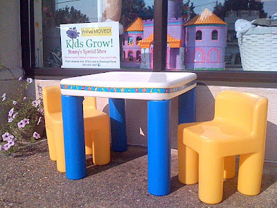 Kids grow little tikes table and chairs