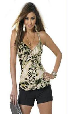 Blusa com estampa de oncinha verde super fashion